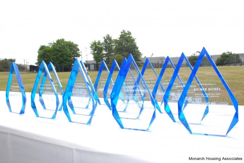 03 - Awards