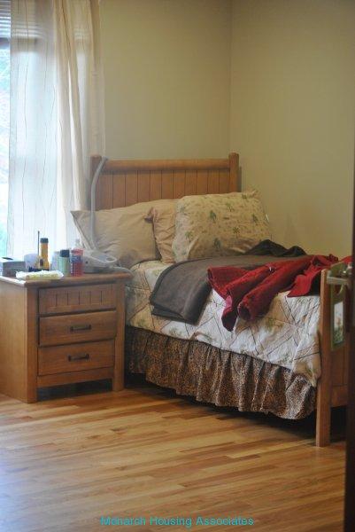 13 - bedroom