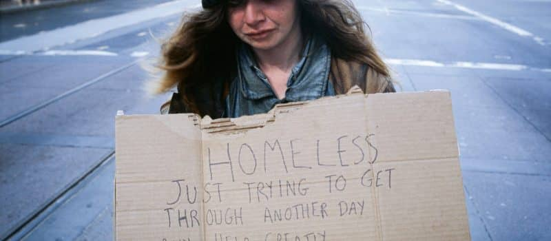 564,708 People Were Homeless in U.S in 2015
